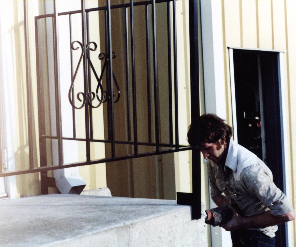 iron-anvil-railing-scrolls-and-patterns-picket-castings-simple-steel-pattern-xx-xx13-062-3