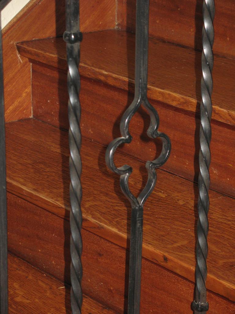 iron-anvil-railing-scrolls-and-patterns-picket-castings-twist-steel-pattern-julie-lapine-harvard-3
