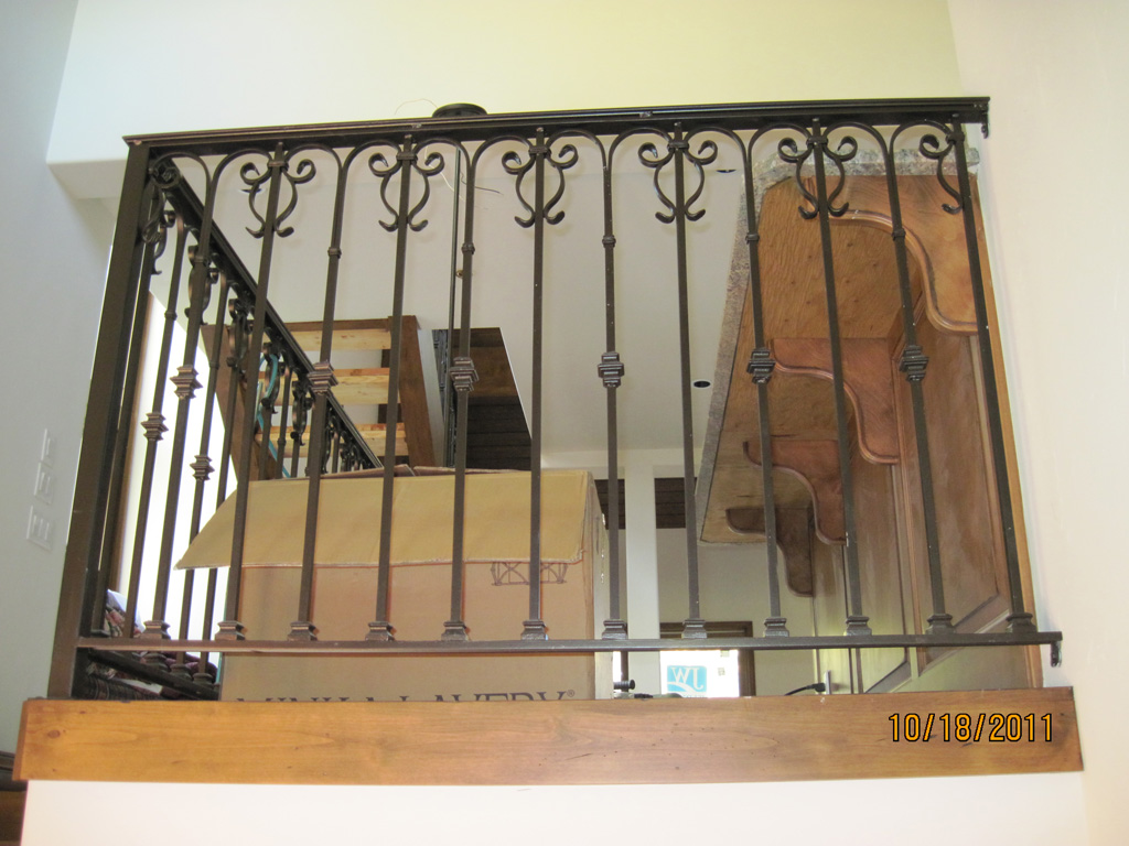 iron-anvil-railing-scrolls-and-patterns-repeating-collars-scroll-silver-lake-park-city-4