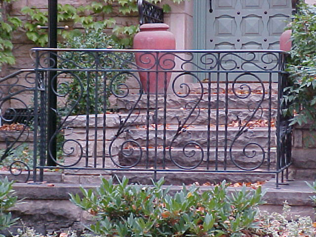 iron-anvil-railing-scrolls-and-patterns-repeating-cowan-15464-1