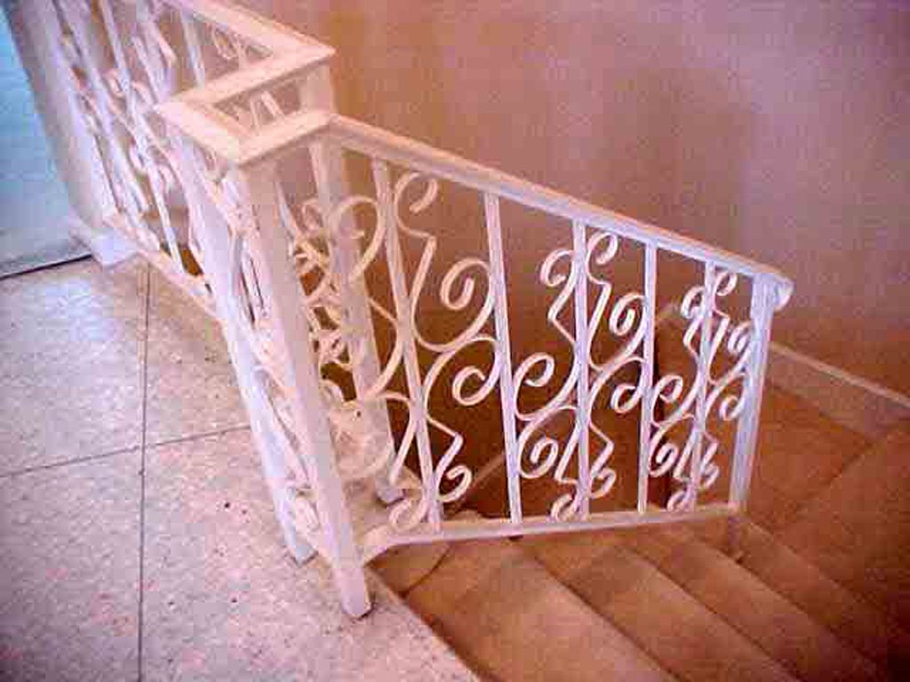 iron-anvil-railing-scrolls-and-patterns-repeating-simple-steel-patterns-b