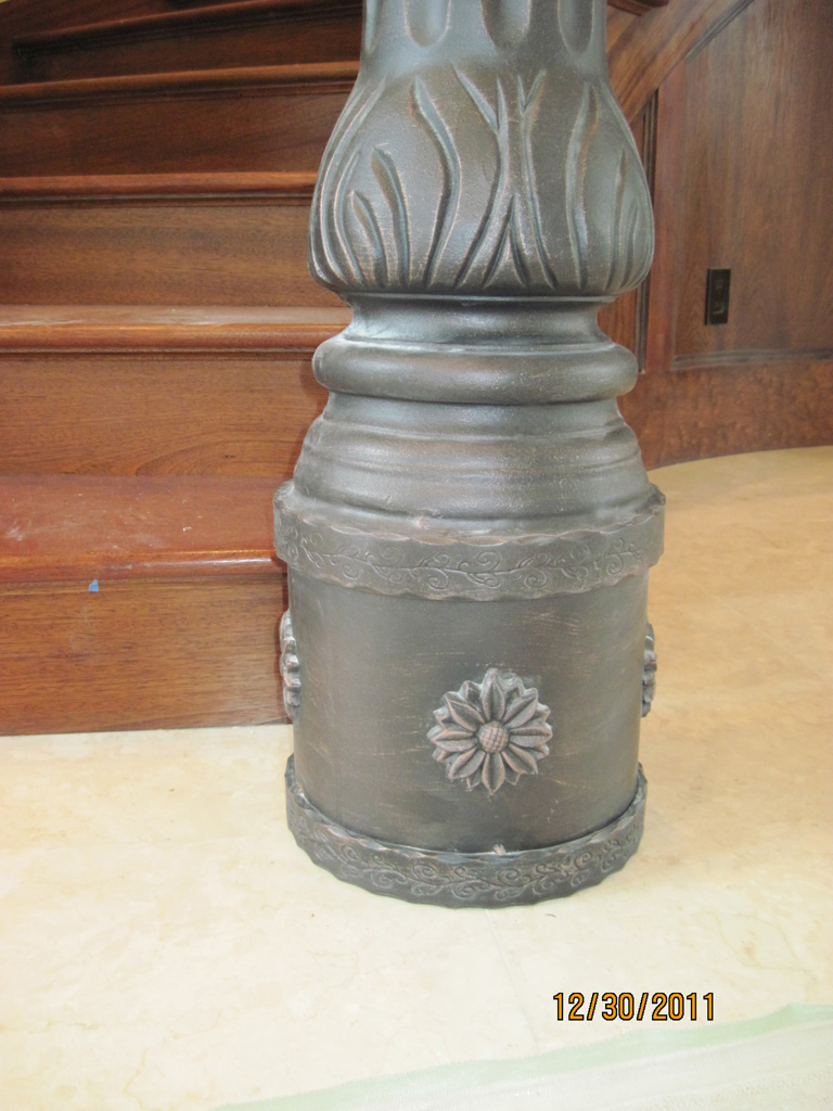 iron-anvil-railing-scrolls-and-patterns-repeating-stonebrook-tate-post-2a