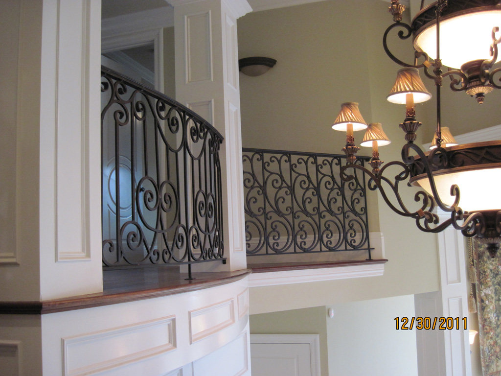 iron-anvil-railing-scrolls-and-patterns-repeating-stonebrook-tate-post-d