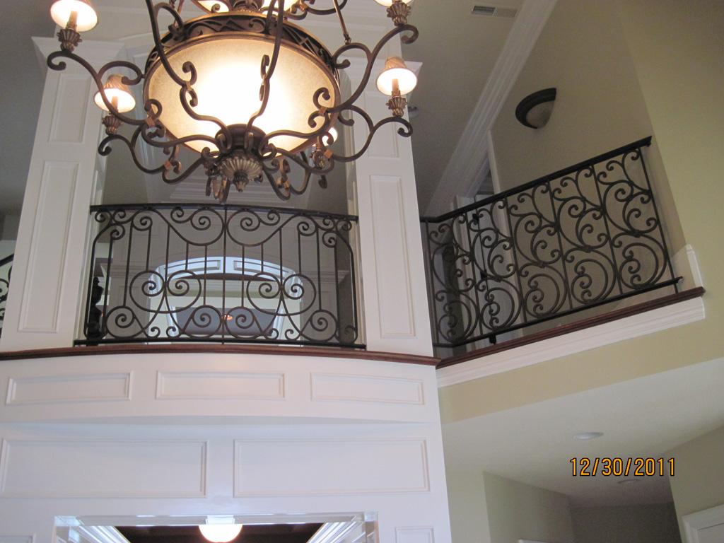 iron-anvil-railing-scrolls-and-patterns-repeating-stonebrook-tate-post-f