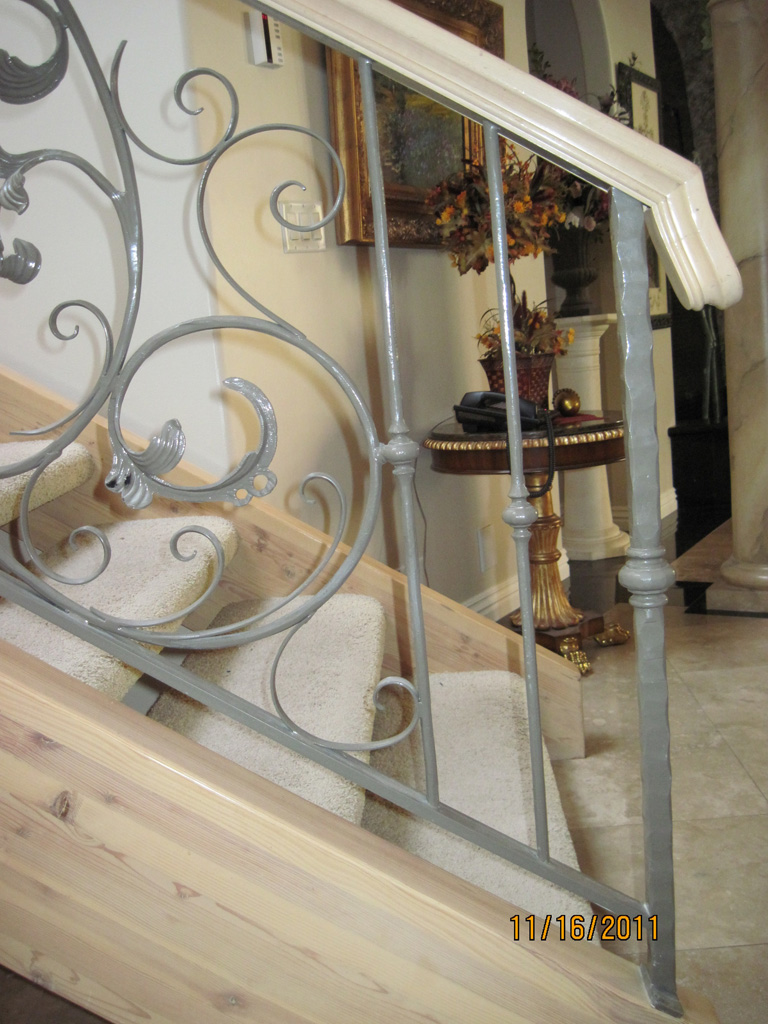 iron-anvil-railing-scrolls-and-patterns-window-collars-scroll-frendt-richard-15787-fancy-rail-1