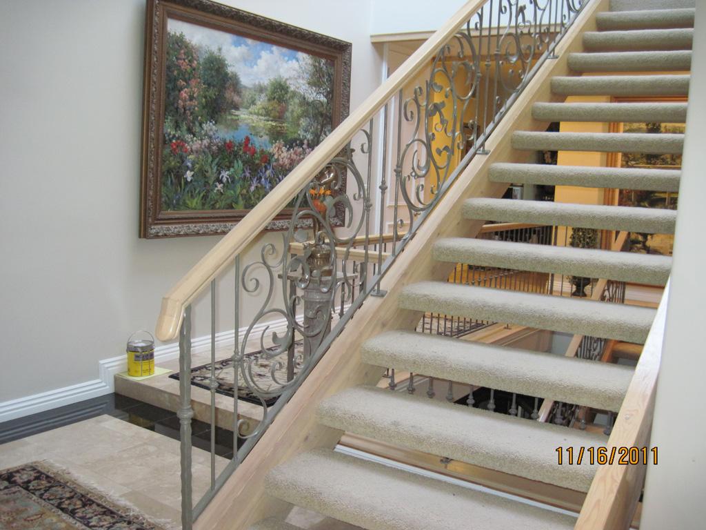 iron-anvil-railing-scrolls-and-patterns-window-frendt-richard-15787-fancy-rail-2