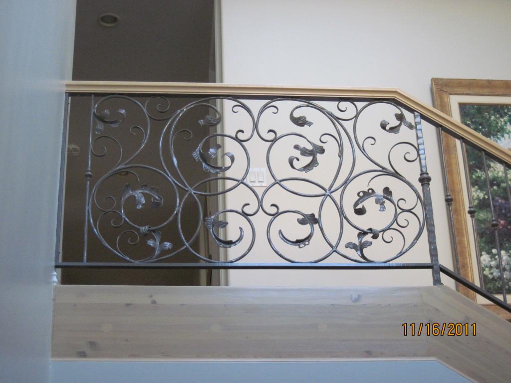 iron-anvil-railing-scrolls-and-patterns-window-frendt-richard-15787-fancy-rail-5