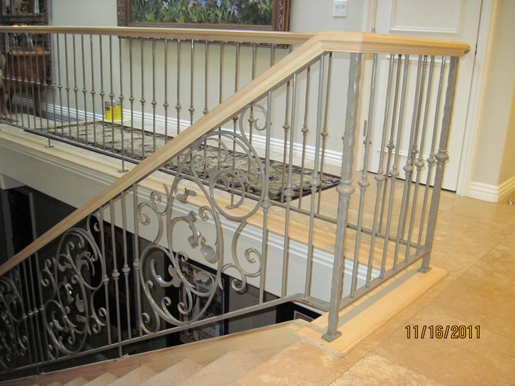 iron-anvil-railing-scrolls-and-patterns-window-frendt-richard-15787-fancy-rail-6