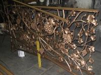 iron-anvil-railing-scrolls-and-patterns-misc-vine-grape-heavy-apollo-granite-grape-a-construction-1