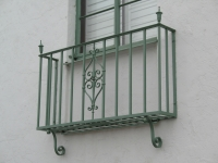 iron-anvil-railing-scrolls-and-patterns-picket-castings-simple-1500-e-by-others