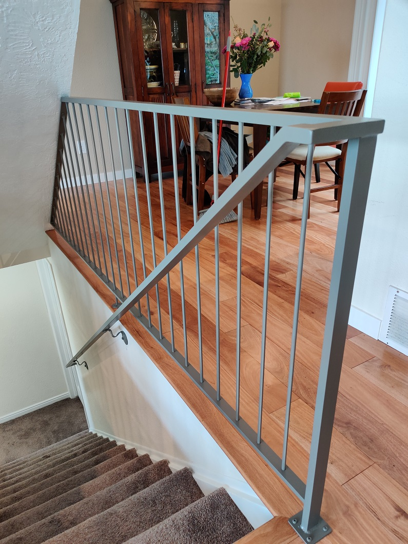 10-0394-Iron-Anvil-Railing-Single-Top-Simple-MILKNEE-29892-3-8-PICKETS-5