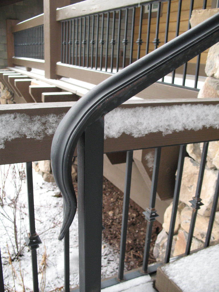 iron-anvil-railing-single-top-collars-glenwild-2