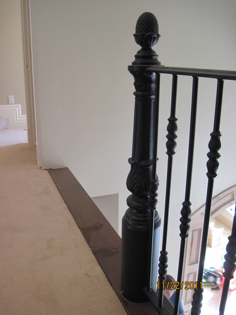 iron-anvil-railing-single-top-collars-linton-rail-by-others-post-detail