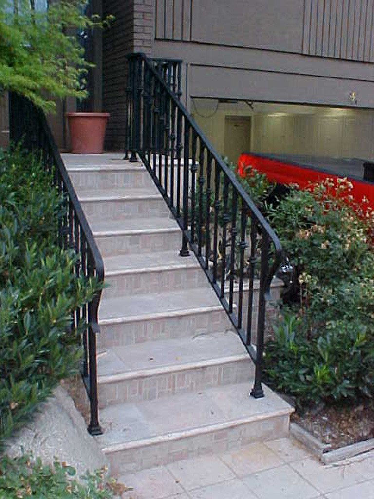 iron-anvil-railing-single-top-collars-loops-east-millcreek-dennis-jacobsen-1