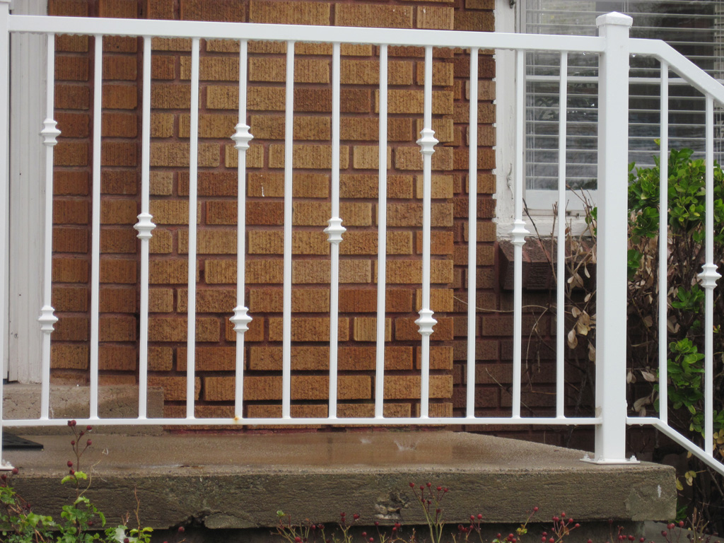 iron-anvil-railing-single-top-collars-railing-by-others-1