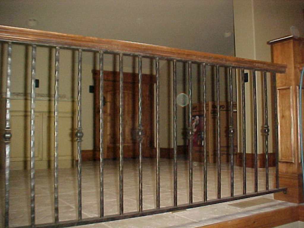 iron-anvil-railing-single-top-collars-symphony-home-back-stair-1-1