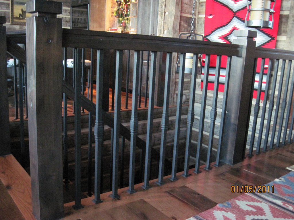 iron-anvil-railing-single-top-collars-yukon-lot-38-glenwild-10