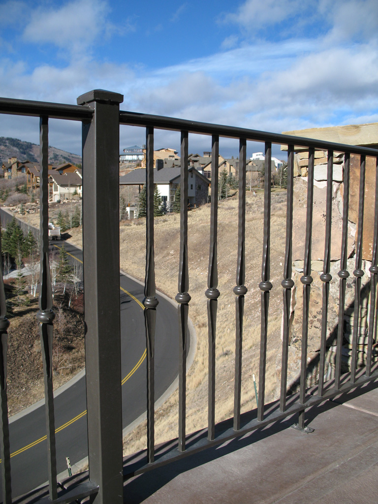 iron-anvil-railing-single-top-misc-yukon-exterior-arie-dr-park-city-4