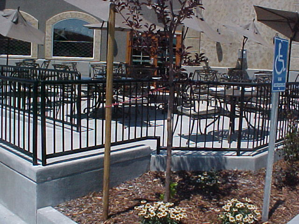 iron-anvil-railing-single-top-pipe-top-zermatt-pool-fence-in-midway
