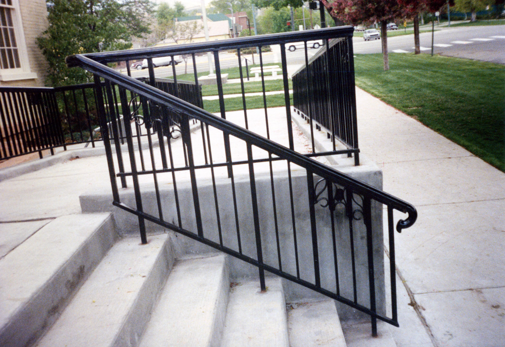 iron-anvil-railing-single-top-simple-church-on-north-temple-xx-xx03-046-1