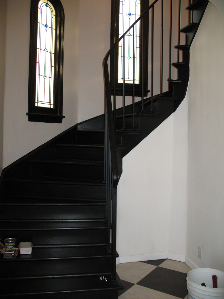 iron-anvil-railing-single-top-simple-floor-mount-old-house-rail-replace-15th-ave-area