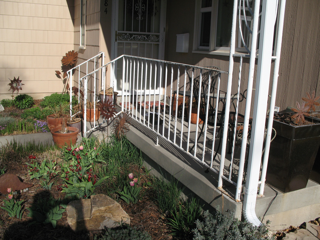iron-anvil-railing-single-top-simple-johnson-14749-before-2
