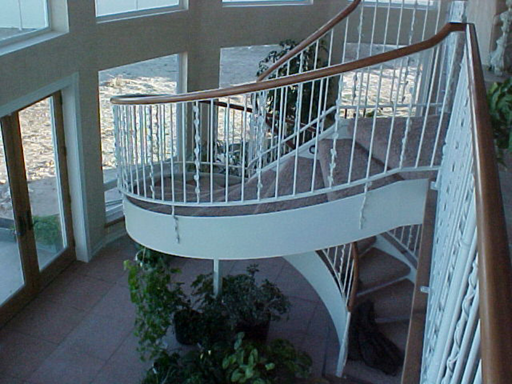 iron-anvil-railing-single-top-vine-jensen-wally-stair-and-rail-2