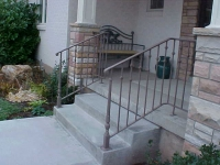 iron-anvil-railing-single-top-collars-staggered-porch-rail-w-collars-1-2