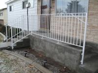 iron-anvil-railing-single-top-simple-rail-assist-bastow-14675-2