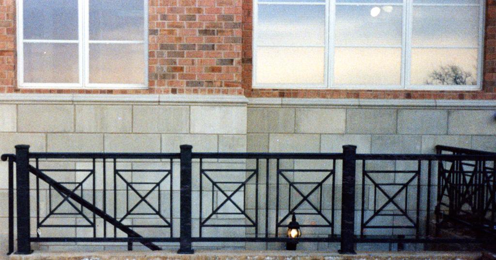 iron-anvil-railing-x-pattern-christensen-bountiful-1