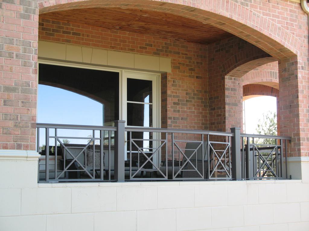 iron-anvil-railing-x-pattern-christensen-bountiful-6