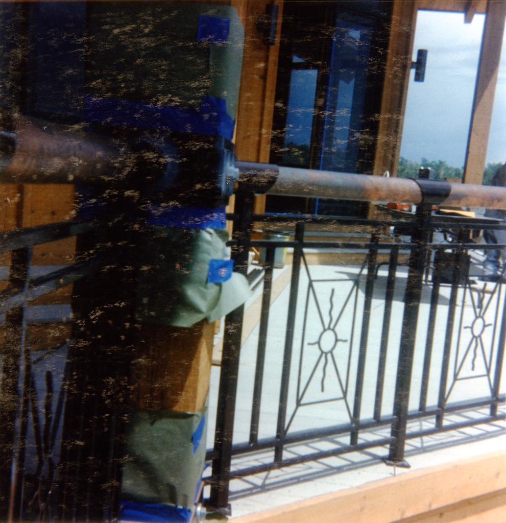 iron-anvil-railing-x-pattern-copper-12-1019-christensen-1