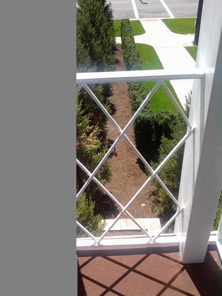 iron-anvil-railing-x-pattern-richardson-wilson-job-13100-7