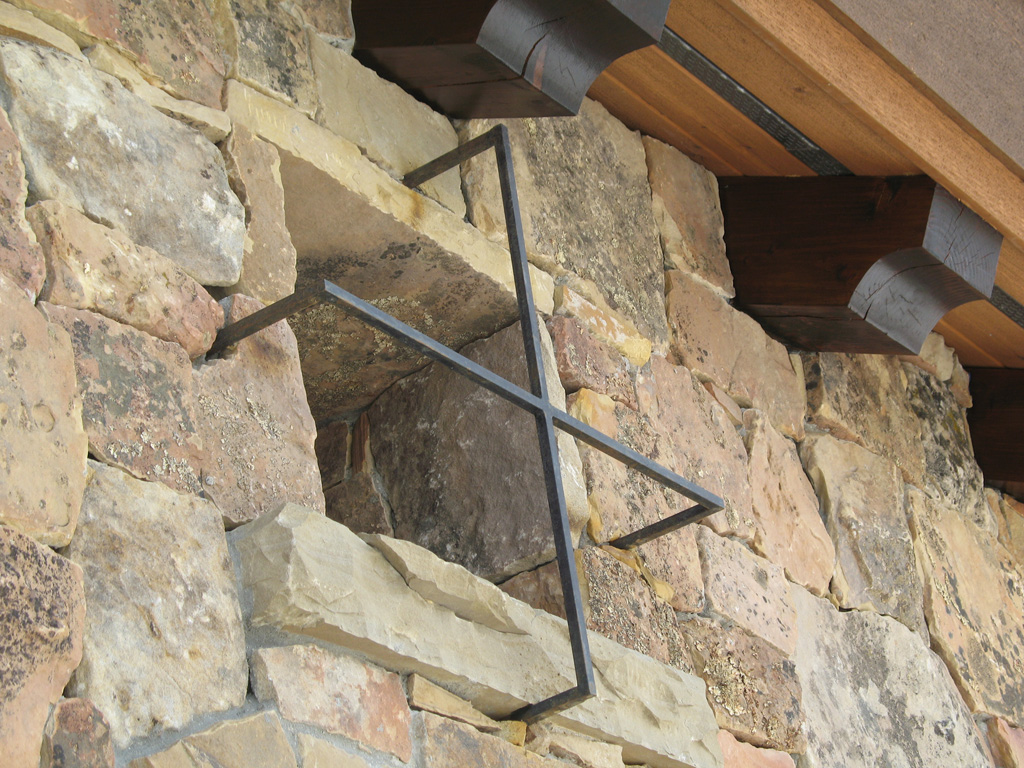 iron-anvil-security-window-guards-yukon-flake-13888