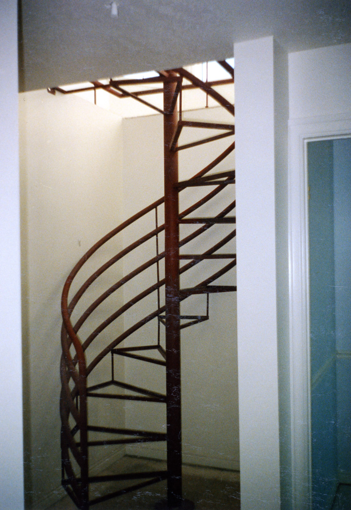 iron-anvil-stairs-spiral-angle-iron-no-tread-horizontal-rail-41-1001-2