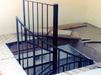 iron-anvil-stairs-spiral-angle-iron-no-tread-4-foot-diameter-41-1000
