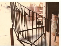 iron-anvil-stairs-spiral-checker-plate-quarter-turn-with-modern-pattern