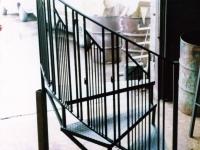 iron-anvil-stairs-spiral-checker-plate-quarter-turn-xx-xx04