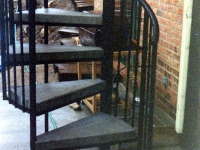 iron-anvil-stairs-spiral-concrete-reverse-41-1002-a-2
