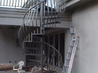iron-anvil-stairs-spiral-smooth-smith-belly-rail-h2